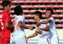 Đả bại Singapore, U19 VN vươn lên đầu bảng
