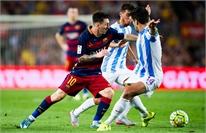 """""""MSN"""" tịt ngòi, Barca chật vật hạ Malaga"""