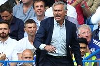 Mourinho phẫn nộ đổ lỗi cho Hazard, Ivanovic