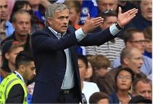 Vòng 4 Premier League: Mourinho, Van Gaal khóc hận