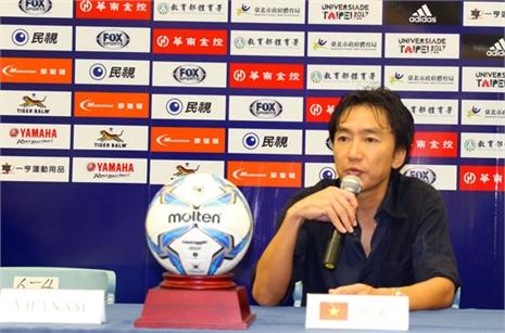 HLV Miura nói gì về chiến thắng chật vật trước Đài Loan?