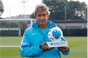 Man City thăng hoa, Pellegrini được vinh danh