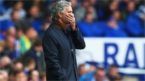 Mourinho và Chelsea: Vì đâu nên nỗi?