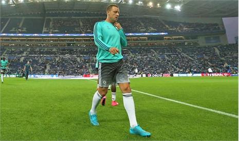 Mourinho tệ bạc với Terry, sao Chelsea bất bình