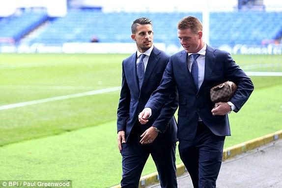 Everton 0-0 Liverpool: Nóng bỏng derby Merseyside