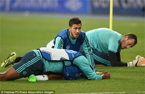 Dynamo Kiev - Chelsea: Bản lĩnh Mourinho