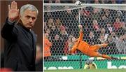 Chelsea lại thua bẽ mặt, Mourinho ngồi trên đống lửa