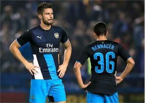 Arsenal thua tan nát trước đội hạng 2