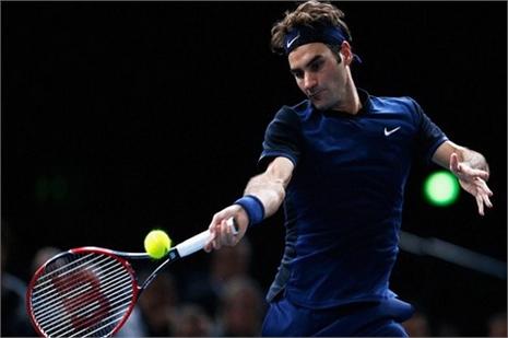 Federer thua sốc Isner ở Paris Masters