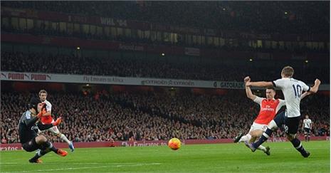 Arsenal 1-1 Tottenham: Gibbs gỡ hòa (H2)