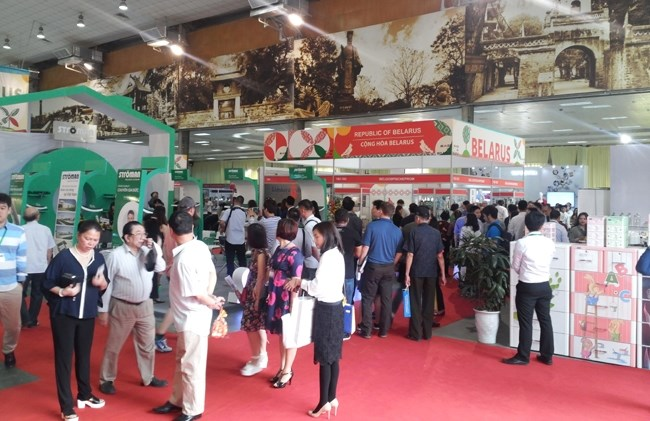 Vietnam Expo 2016 to be held in HCM City, Vietnam light industry park to be set up in Moscow, Work starts on TH True Milk complex in Russia, European businesses upbeat about Vietnamese market