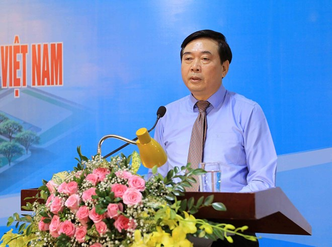 Textile, garment industry expo opens in Ha Noi, Industry 4.0 Lab set up in Dong Nai with Bosch Rexroth assistance, Vietnam's seafood exports to ASEAN expected to reach 1 billion USD soon, HCM City pledges to assist ICT enterprises
