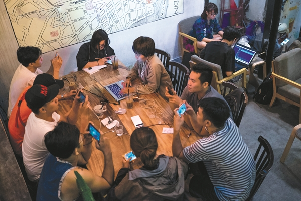 Are Vietnamese social networks powerful enough to replace Facebook?
