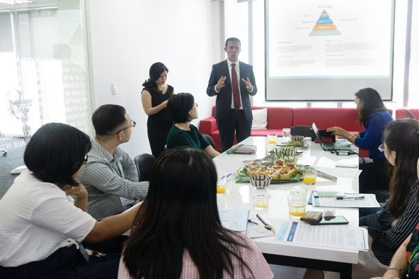 Vietnam considered promising host country for expats: HSBC survey