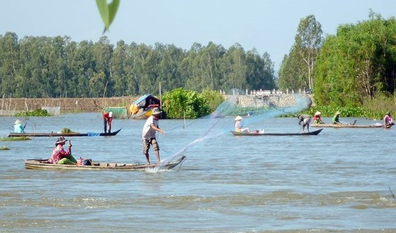 Điện Biên to host VN-Laos festival, Vietnam's culture introduced to ASEAN community in Ankara, Mekong delta inhabitants to receive assistance in flood season, Vietnam dissolves nearly 3,000  frail agricultural cooperatives