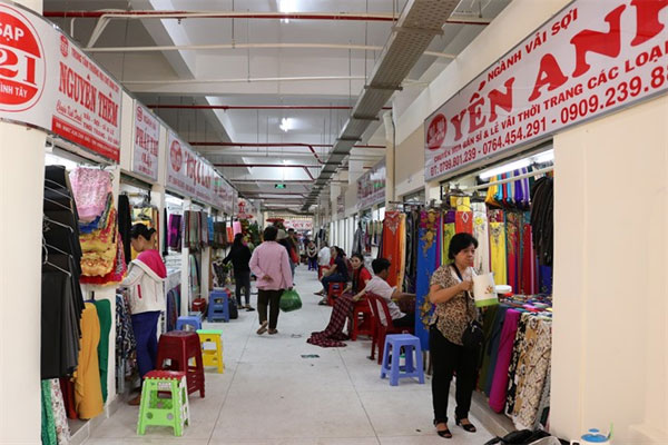 Through the lens: 90-year-old Binh Tay Market reopens after renovation
