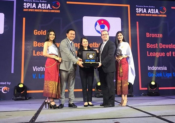 "V.League, ""Best Developing League of the Year"" award, Vietnam economy, Vietnamnet bridge, English news about Vietnam, Vietnam news, news about Vietnam, English news, Vietnamnet news, latest news on Vietnam, Vietnam"