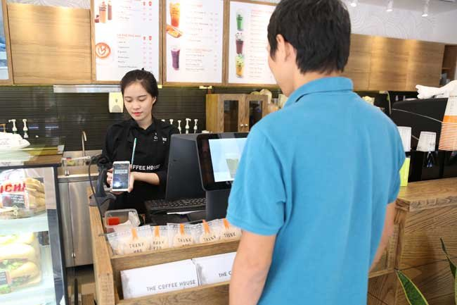 Consumers remain hesitant to make noncash payments, vietnam economy, business news, vn news, vietnamnet bridge, english news, Vietnam news, news Vietnam, vietnamnet news, vn news, Vietnam net news, Vietnam latest news, Vietnam breaking news