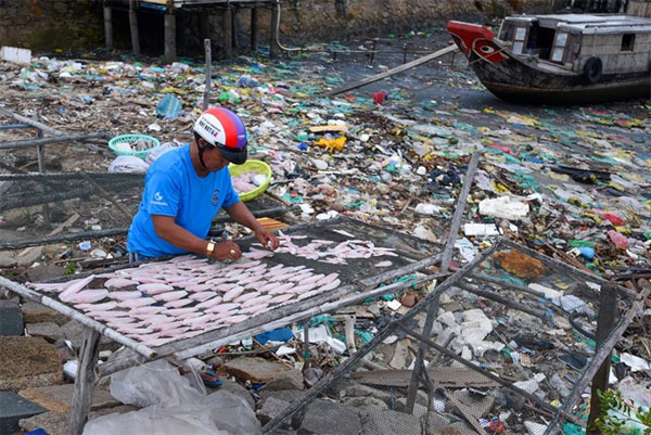 Ocean plastic waste pollution, reduce plastic waste, Vietnam economy, Vietnamnet bridge, English news about Vietnam, Vietnam news, news about Vietnam, English news, Vietnamnet news, latest news on Vietnam, Vietnam