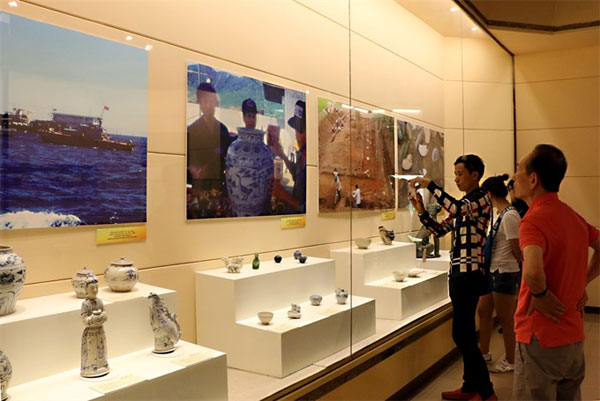Vietnamese ceramics, Cu Lao Cham shipwreck, Ca Mau shipwreck, Vietnam economy, Vietnamnet bridge, English news about Vietnam, Vietnam news, news about Vietnam, English news, Vietnamnet news, latest news on Vietnam, Vietnam