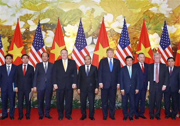 Photos of US President's activities in Vietnam, DPRK-USA summit, Vietnam economy, Vietnamnet bridge, English news about Vietnam, Vietnam news, news about Vietnam, English news, Vietnamnet news, latest news on Vietnam, Vietnam