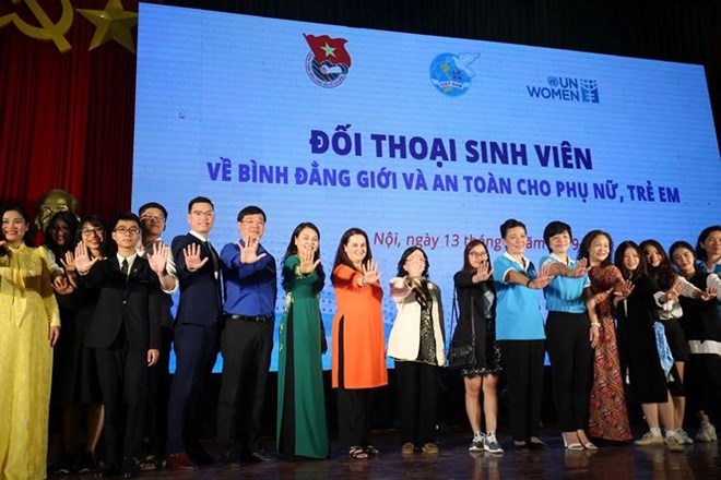 Students talk gender equality at Hanoi dialogue, Vietnam education, Vietnam higher education, Vietnam vocational training, Vietnam students, Vietnam children, Vietnam education reform, vietnamnet bridge, english news, Vietnam news, news Vietnam, vietnamne
