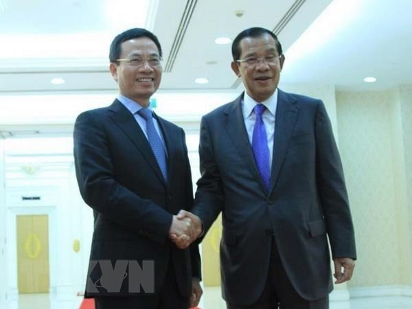 Cambodian PM welcomes Vietnamese information minister, Government news, Vietnam breaking news, politic news, vietnamnet bridge, english news, Vietnam news, news Vietnam, vietnamnet news, Vietnam net news, Vietnam latest news, vn news