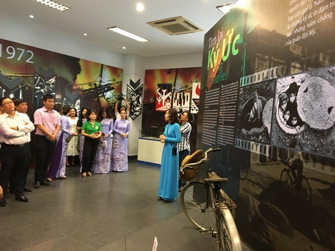 Exhibition on memories of war opens in HCM City