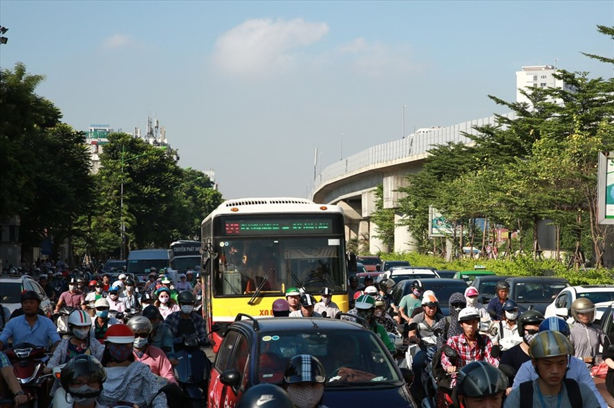 Complaints raised over metro adjusted bus routes, social news, vietnamnet bridge, english news, Vietnam news, news Vietnam, vietnamnet news, Vietnam net news, Vietnam latest news, vn news, Vietnam breaking news