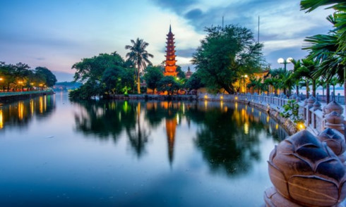 Tran Quoc Pagoda among world's ten most incredible pagodas, travel news, Vietnam guide, Vietnam airlines, Vietnam tour, tour Vietnam, Hanoi, ho chi minh city, Saigon, travelling to Vietnam, Vietnam travelling, Vietnam travel, vn news